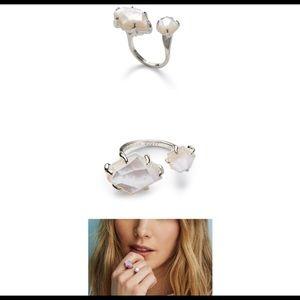 🤩 Kendra Scott Kayla Ring - Size M/L